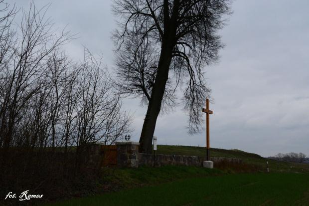Gawliki Wielkie - nieczynny cmentarz ewangelicki