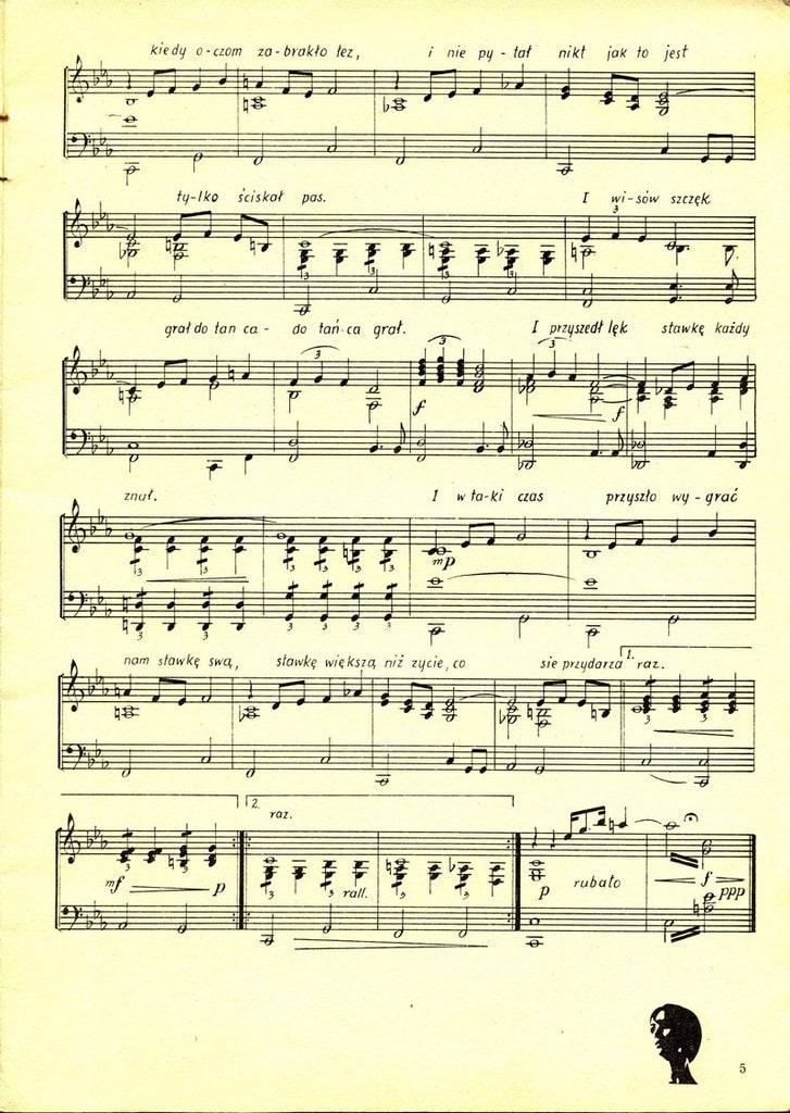 Rewelacyjny Nawiązania muzyczne QR41