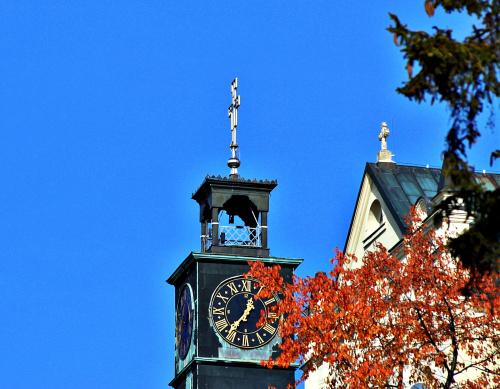 Zegar na wieży sanktuarium
