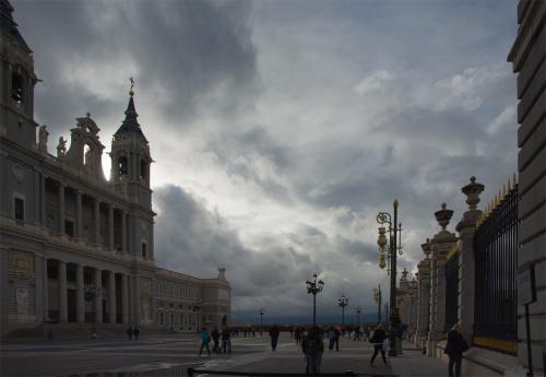 Tak się zaczął pewien wieczór a Madrycie...