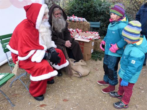 niespodzianka w zoo św.Mikołaj z ......pomocnikiem?