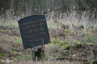 Szczechy Małe - nieczynny cmentarz Ewangelicki