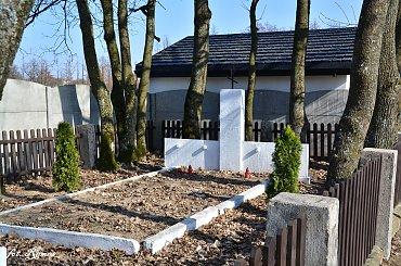 Biała Piska - Cmentarz wojenny z I i II wś.