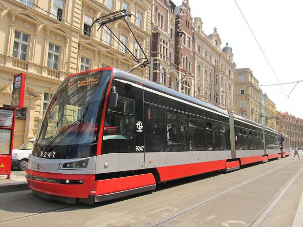 """Škoda ForCity 15T """"Praha"""", #9247, DP Praha"""