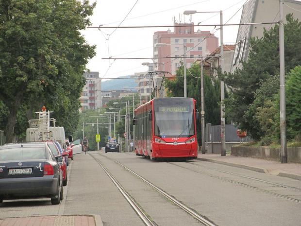 Škoda 30T, #7527, DP Bratislava