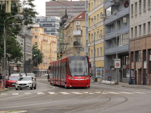 Škoda 30T, #7505, DP Bratislava