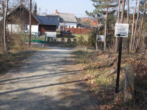 Sztutowo-koniec ścieżki od strony Kątów Rybackich i wjazd na asfalt.