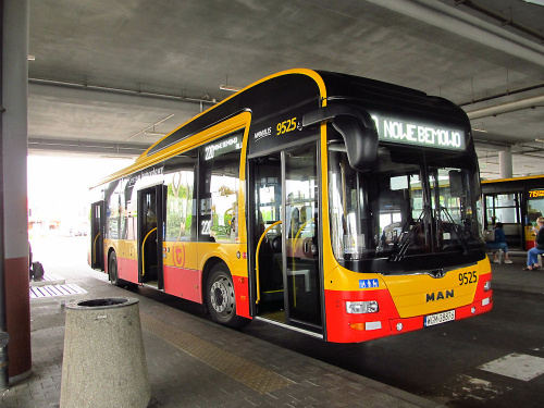 "MAN NL253 Lion`s City Hybrid, #9525, ""Mobilis"" Group"