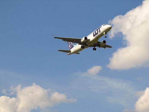 Embraer ERJ-175LR, SP-LIK, PLL LOT