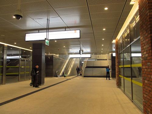 """Antresola stacji (C16) """"Szwedzka"""""""