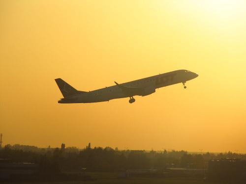 Embraer ERJ195-200LR, SP-LNA, PLL LOT