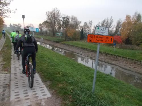 Odcinek Jelonki-pochylnie Kanału Elbląskiego Jelenie, Oleśnica i Kąty
