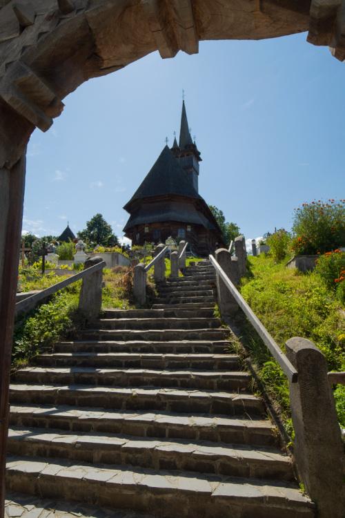 Budesti - drewniany kościół - cerkiew pod wezwaniem św. Mikołaja z 1643