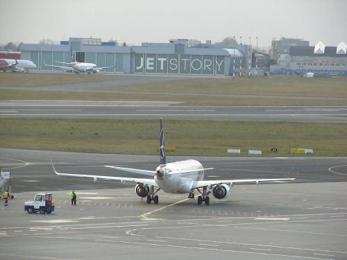 Embraer ERJ195, PLL LOT