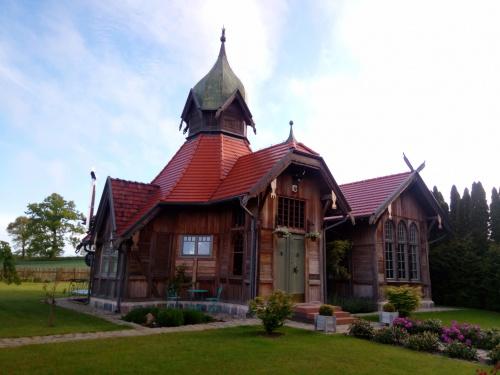 Gumniska Małe/Budwity-dawny pawilon powitalny cesarza Wilhelma II