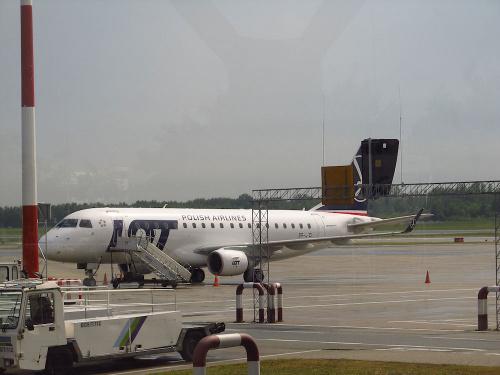 Embraer ERJ-175STD, SP-LID, PLL LOT