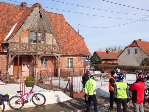 Pagórki - oryginalny dom podcieniowy z podcieniami szczytowymi datowany na XIX wiek
