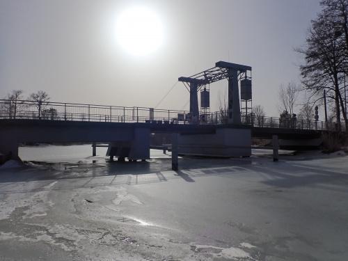 Tujsk-nowy most zwodzony na Tudze. Zdjęcia pod słońce w trybie HDR???