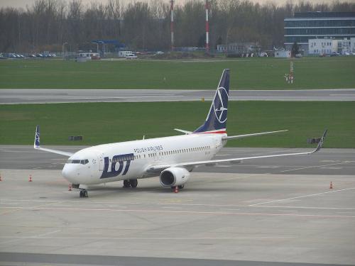 Boeing B737-86N, SP-LWF, PLL LOT