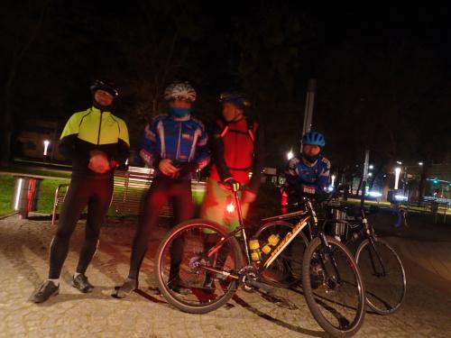 Ruszamy w ciemną noc: Grzegorz, Marek, Andrzej, Robert