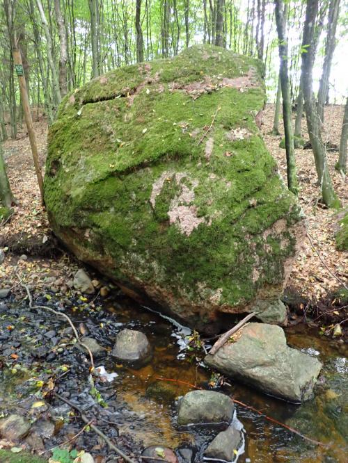 Wielki Kamień (Kamień Piramida)