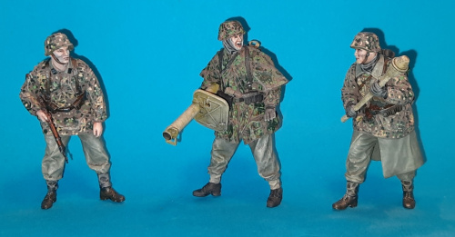 A-M Waffen SS 1-24 scale