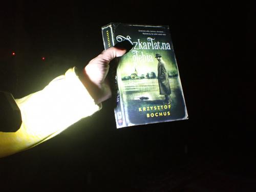 Noc Bibliotek i Szkarłatna Głębia w roli głównej